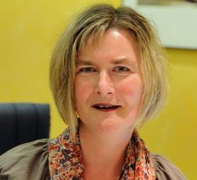 Frau Kerstin Zahn